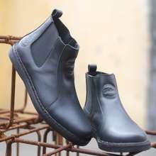 chelsea Bradleys Footwear Sepatu Boots Simple Pria Elagos Black Hitam 45