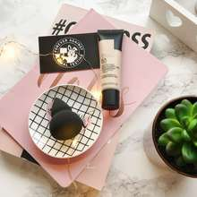 The Body Shop Complexion Beauty Blender (Cp : 89Rb)