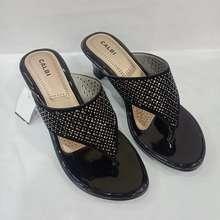 Calbi crx 1728 sendal wanita hitam 36-40 (EU:36)
